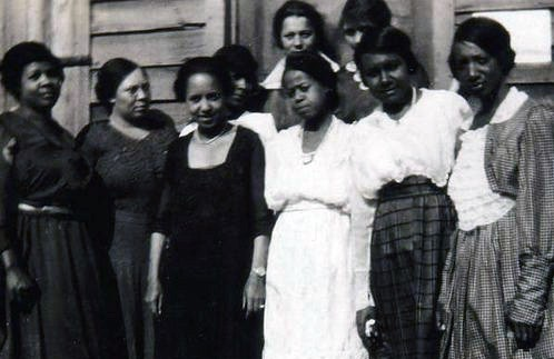 First black women to vote in Ettrick, Virginia, USA, 1920